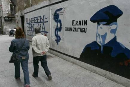 Hernani, 2006. Mural etarra.